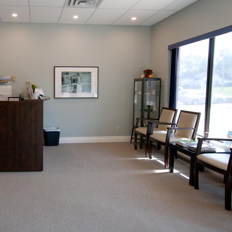 Waiting room of our Pembroke location of Davidson Hearing Aid Centres